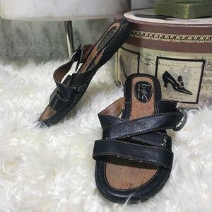 Born Concept boc Criss Cross Tacory Sandals 6 Flat